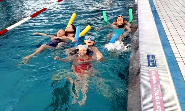 schwimmtraining-war-top